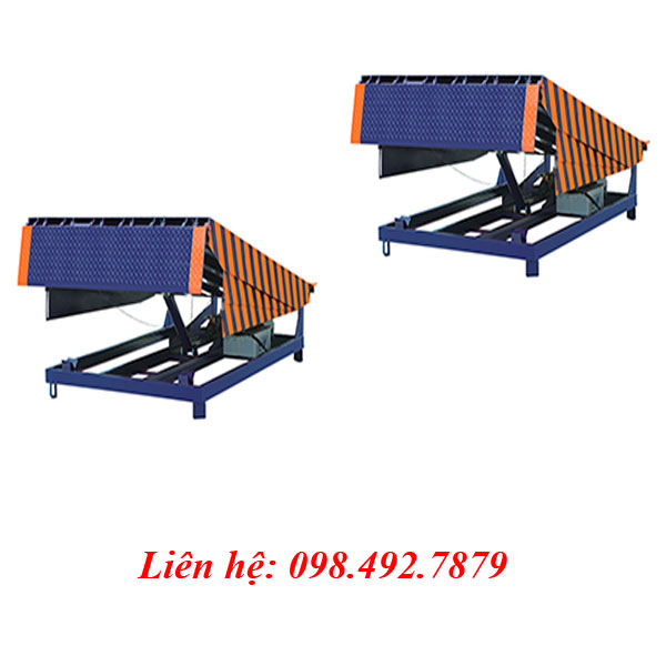 Cầu Dẫn Hàng Lên Container Nhập Khẩu Dqc