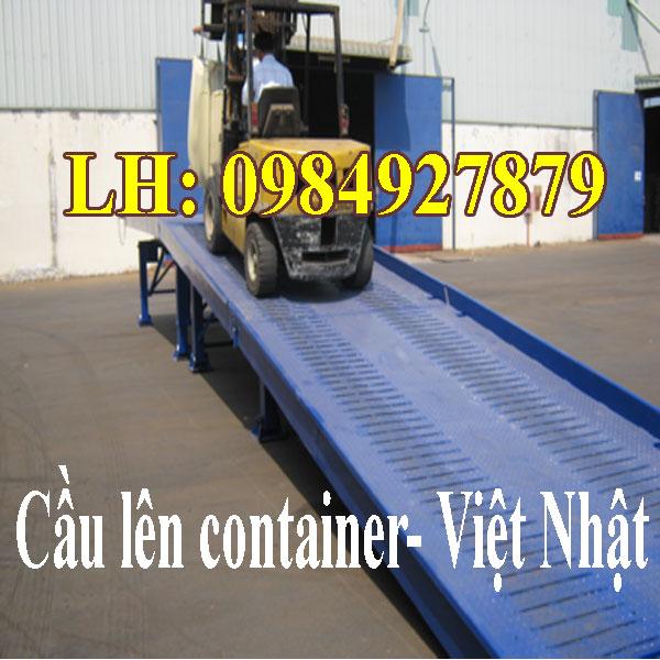 Cầu Dẫn Lên Container Sản Xuất Tại Công Ty Việt Nhật