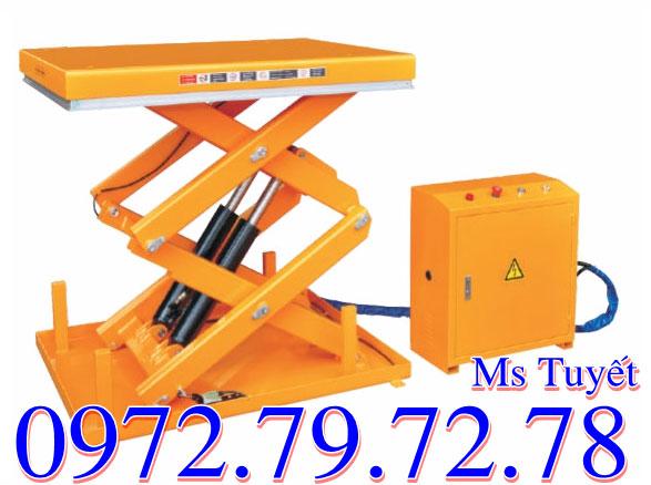 Thuê bàn nâng điện 500kg 1 tấn