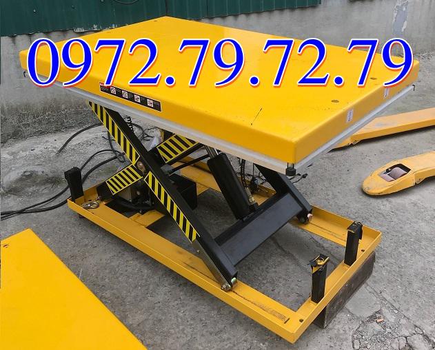 Bàn nâng điện HW1001