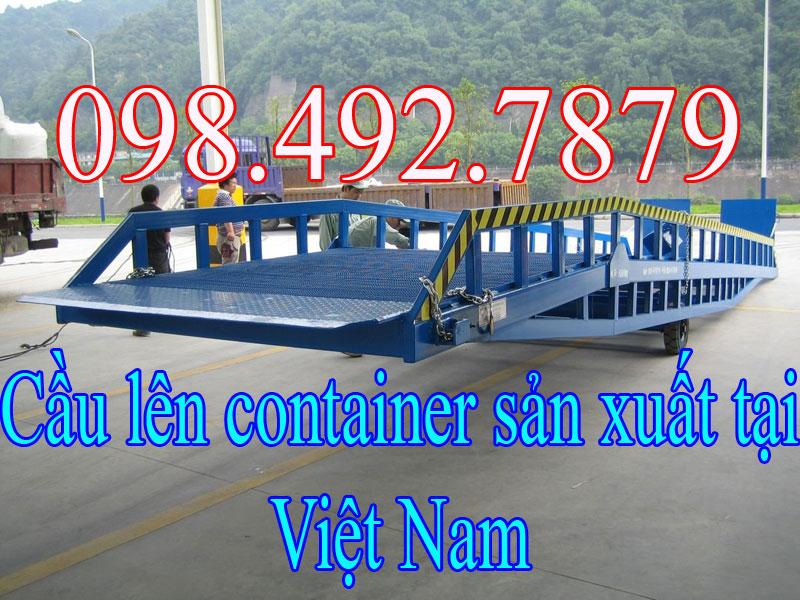 Cầu lên container sản xuất tại Viêt nam